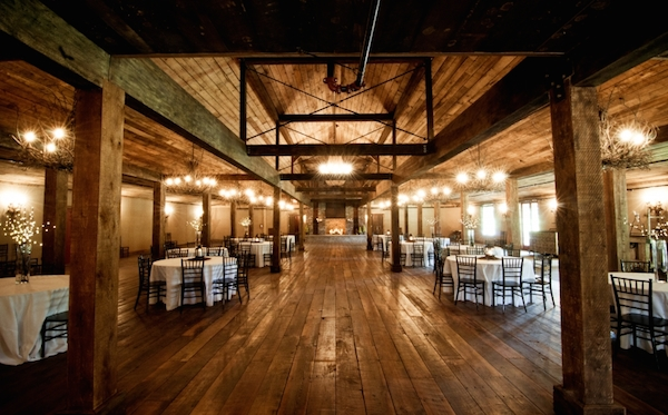 Rustic Farm And Barn Wedding Venues Near Memphis Mid South Bride