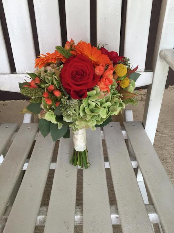 orange fall wedding flowers by kacie cooper floral designer bouquet