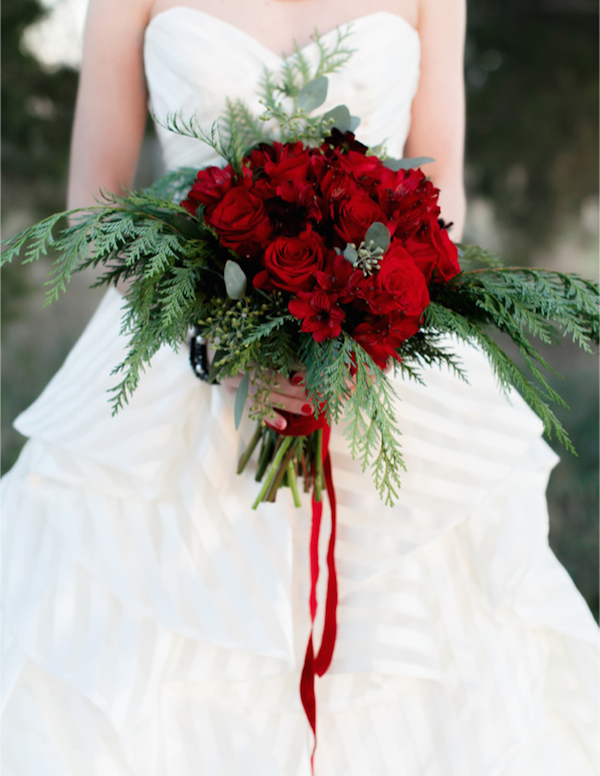 christmas wedding idea - red winter wedding bouquet