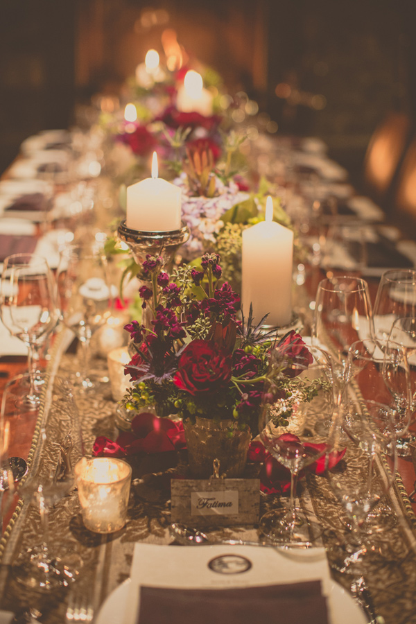 christmas wedding ideas - soft christmas table with flowers
