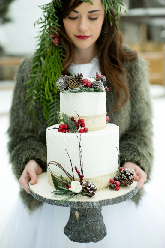 christmas wedding ideas - wedding cake
