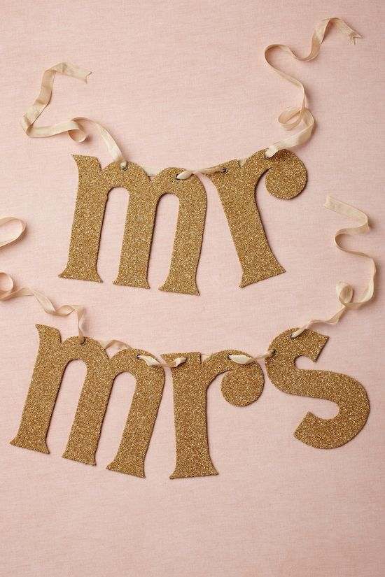 gold mr and mrs chair sign - gold wedding inspiration