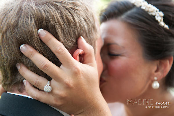 memphis wedding photographer - maddie moree - bride-groom-kiss-mississippi-wedding copy 2