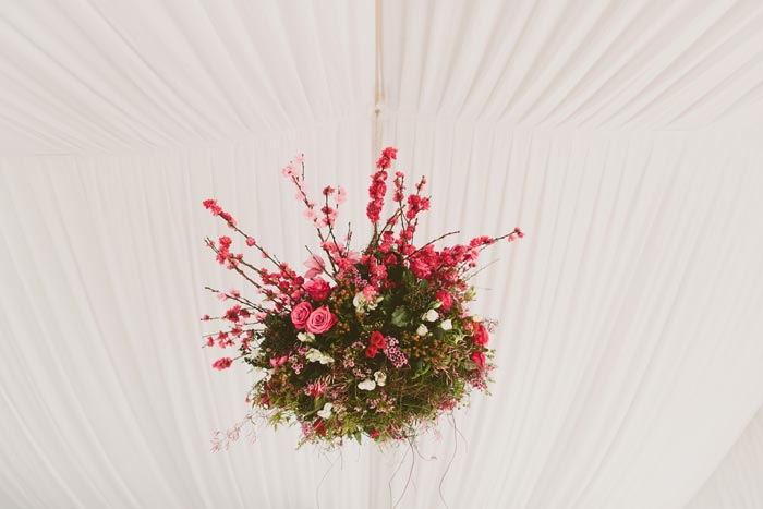 hanging wedding flower design - mondo floral design - midsouthbride.com