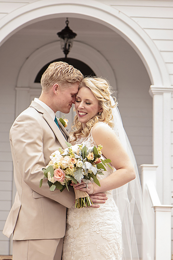 Tennessee Spring Inspired Wedding - Photo by Blush Creative Photography 19- midsouthbride.com