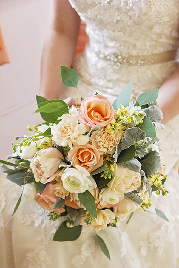 Tennessee Spring Inspired Wedding - Photo by Blush Creative Photography 23- midsouthbride.com