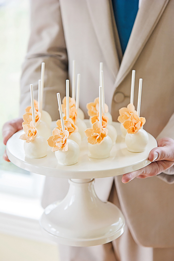 Tennessee Spring Inspired Wedding - Photo by Blush Creative Photography 31- midsouthbride.com