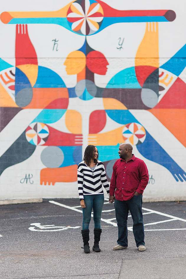 colorful memphis engagement - jason and gina by Elizabeth Hoard Photography - midsouthbride.com