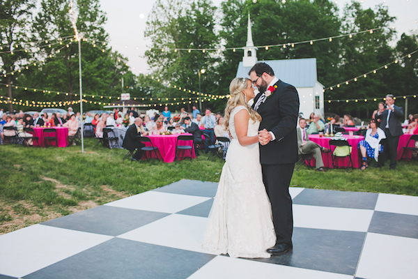 Kate Spade Inspired Jackson Tennessee Wedding 61 - photo by Teale Photography - midsouthbride.com