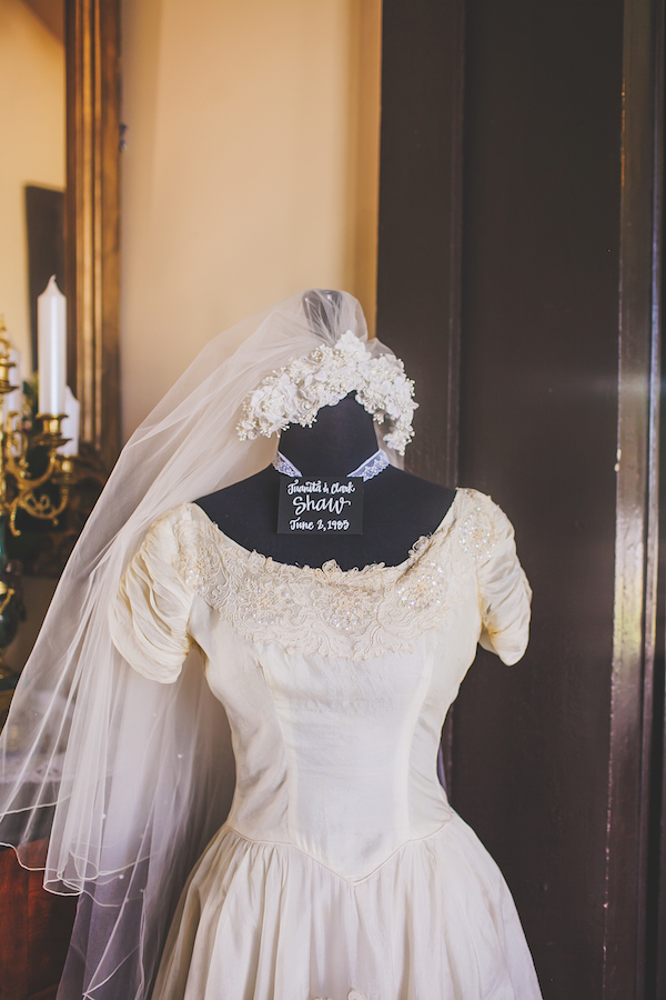 Kate Spade Inspired Tennessee Wedding 4 - photo by Teale Photography - midsouthbride.com