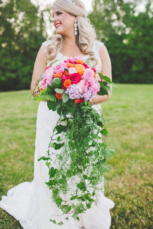 Kate Spade Inspired Tennessee Wedding Megan Bridal 4 - photo by Teale Photography - midsouthbride.com
