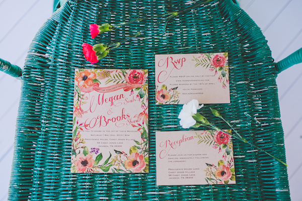 Kate Spade Inspired Tennessee Wedding - photo by Teale Photography - midsouthbride.com