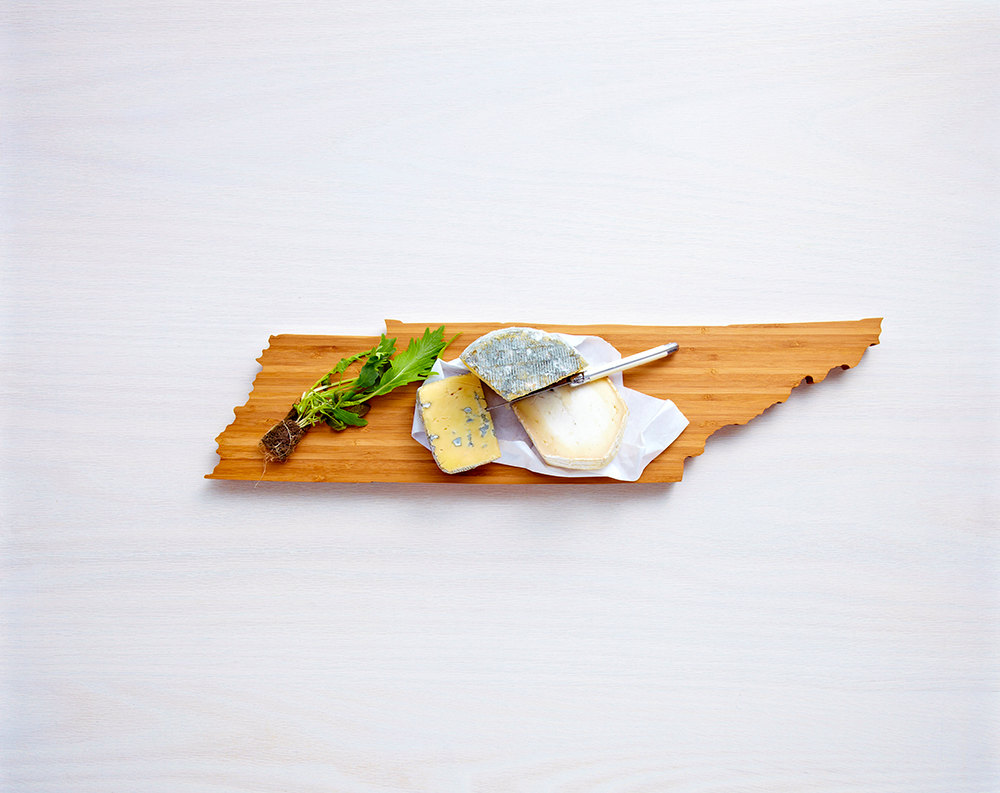 wedding gift idea - tennessee cutting board