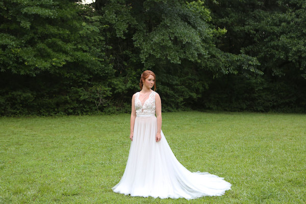 farm bridal shoot from Confete Events in Mississippi weddings 25 - midsouthbride.com