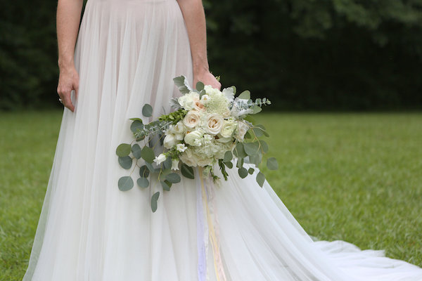 farm bridal shoot from Confete Events in Mississippi weddings 28 - midsouthbride.com