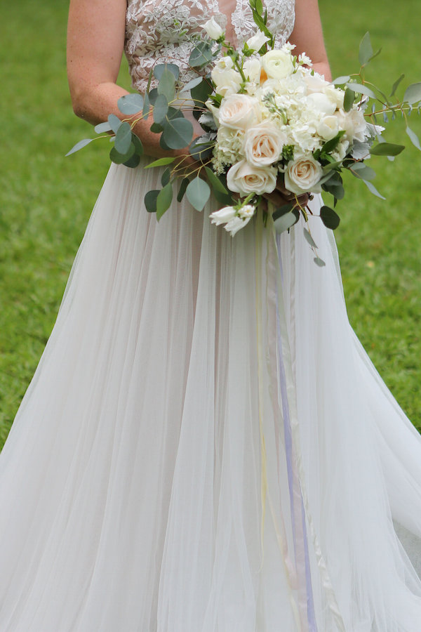 farm bridal shoot from Confete Events in Mississippi weddings 30 - midsouthbride.com