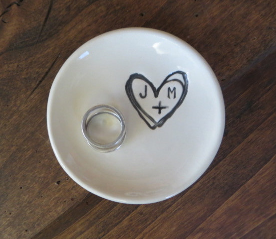 12 Adorable Ring Dish Ring Holder Ideas Mid South Bride