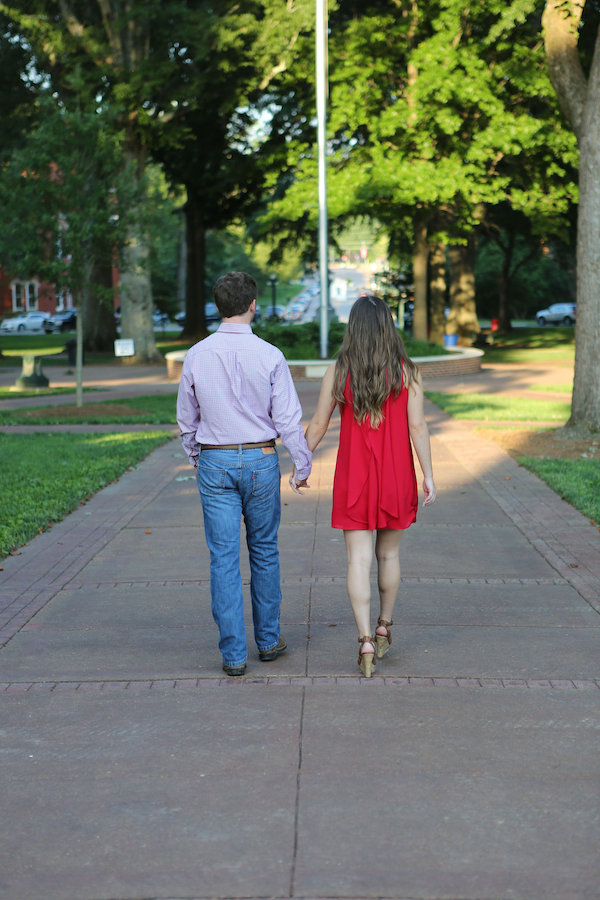 Beth and Tyler's Ole Miss Engagement - photo by Eliza Kennard Photography - midsouthbride.com 3