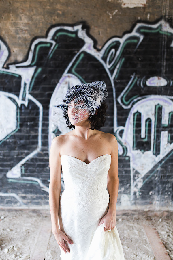 Sarah Bridal Portraits in Memphis photos by Elizabeth Hoard Photography (2 of 15)