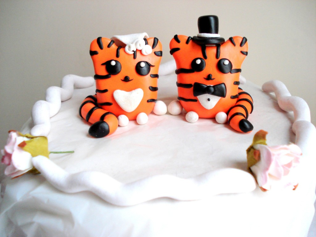Tiger Wedding Cake Topper Tigers Bride and Groom Cake Toppe