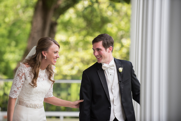 Mary Claire & Will's Southern Plantation Mississippi Wedding - photo by Adam & Alli Photography - midsouthbride.com 13