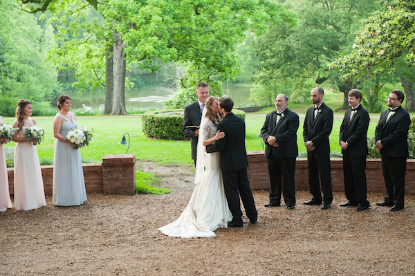 Mary Claire & Will's Southern Plantation Mississippi Wedding - photo by Adam & Alli Photography - midsouthbride.com 37