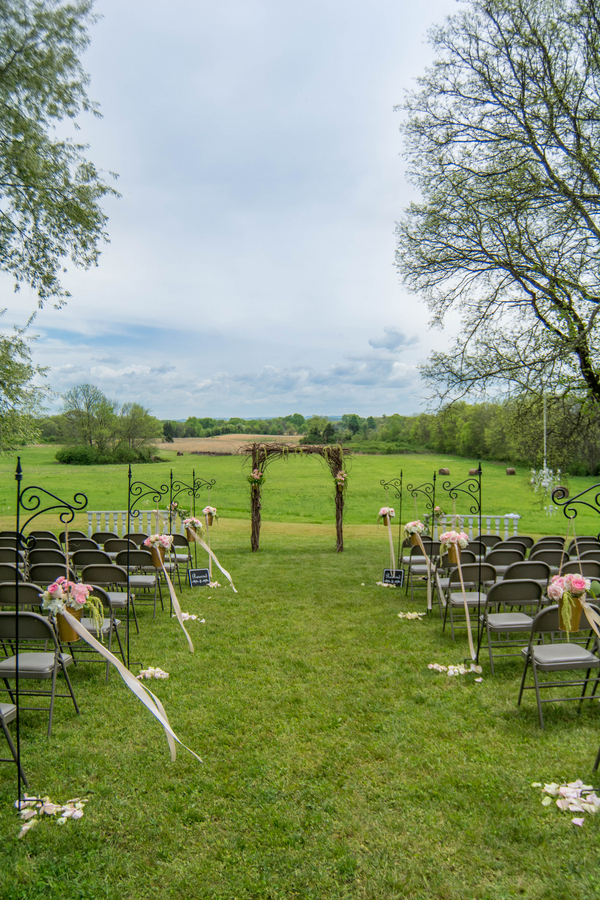 Brittany & JD's Rustic Tennessee Farm Wedding - photo by Ivory Door Studios - midsouthbride.com 23