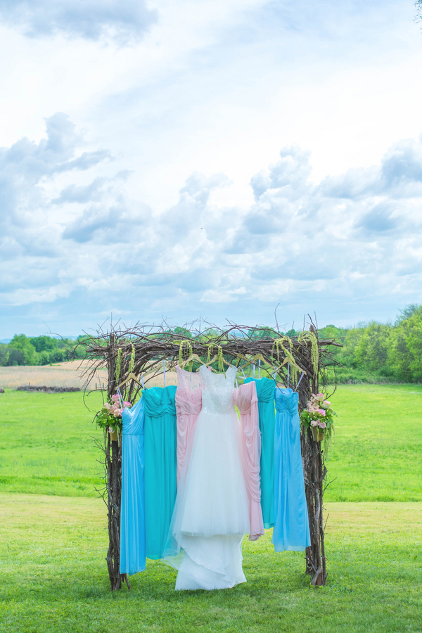 Brittany & JD's Rustic Tennessee Farm Wedding - photo by Ivory Door Studios - midsouthbride.com 30
