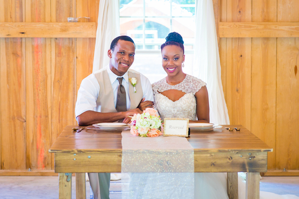 Natural Country Chic Wedding Inspiration Styled Shoot - photo by Bee Photography LLC - midsouthbride.com 33