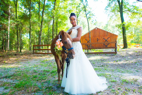Natural Country Chic Wedding Inspiration Styled Shoot - photo by Bee Photography LLC - midsouthbride.com 53