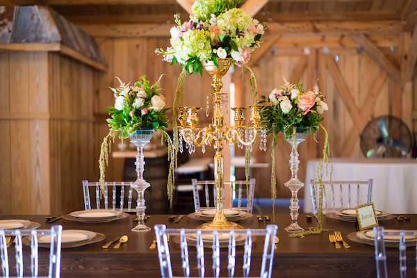 Natural Country Chic Wedding Inspiration Styled Shoot - photo by Bee Photography LLC - midsouthbride.com 6