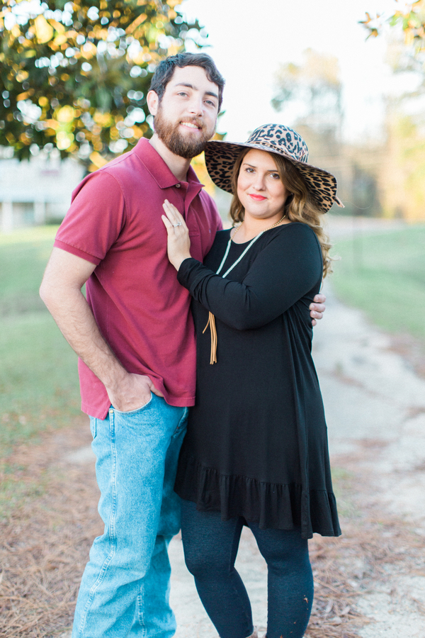 Melissa & Wade's Small Town Mississippi Engagement - photo by Daesha Marie Photography - midsouthbride.com 12