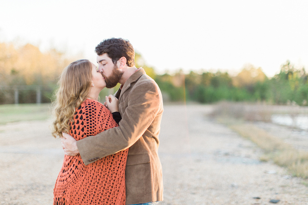 Melissa & Wade's Small Town Mississippi Engagement - photo by Daesha Marie Photography - midsouthbride.com 16
