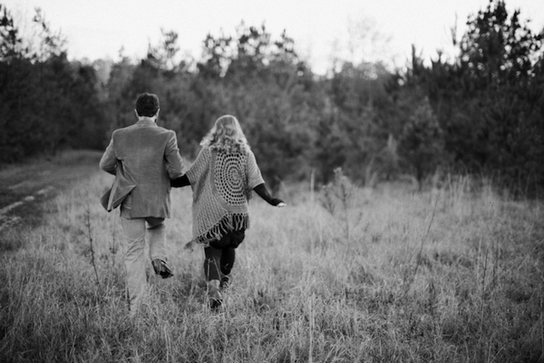 Melissa & Wade's Small Town Mississippi Engagement - photo by Daesha Marie Photography - midsouthbride.com 24